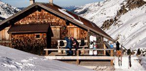 Hütte Alm Schnee Pärchen Entspannen