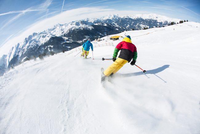 Skifahrer Piste Abfahrt