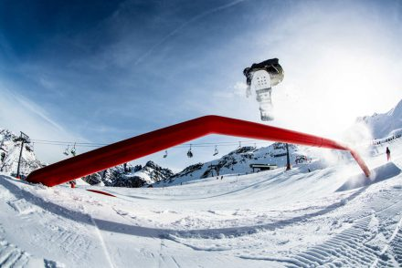 snowboard boardslider funpark