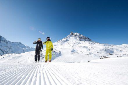 skifahrer piste super wetter
