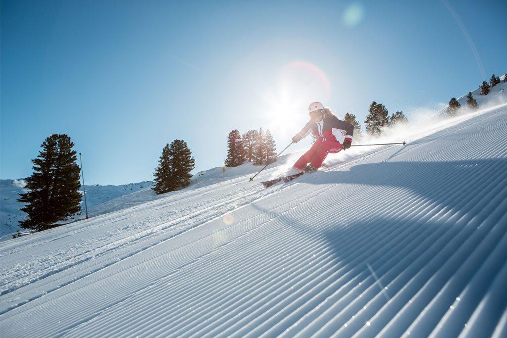 Skiing Abfahrt Sonne Piste