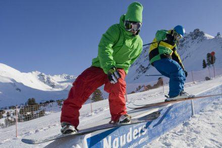 Nauders_Snowboard_grind