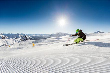 Skifahrer Sonne Piste Samnaun