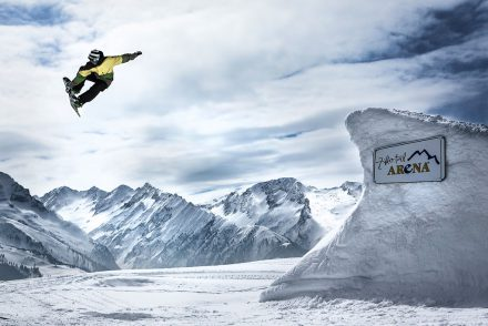 Snowboarder Kicker Funpark Gerlos