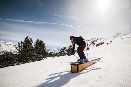 Abfahrt skifahrerin funpark