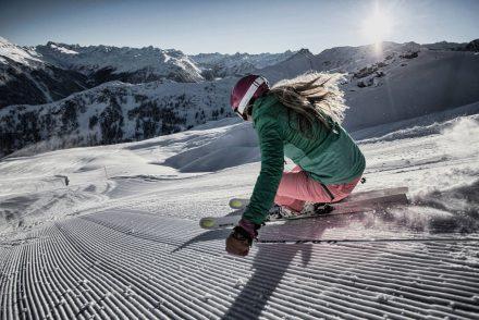 skifahrerin carven abfahrt