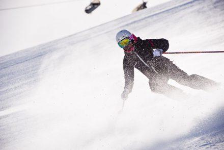 skifahrer carven sonne
