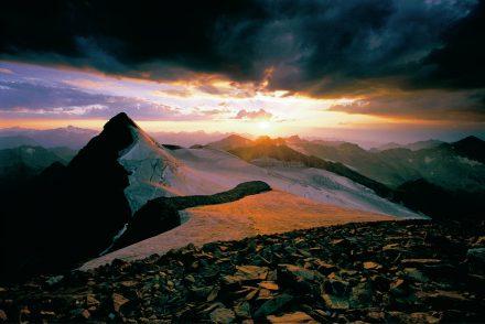 stubaier_gletscher_panorama_Aussicht_mitSonnenuntergang