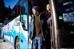 Ankunft Bus Skigebiet Schneebeben