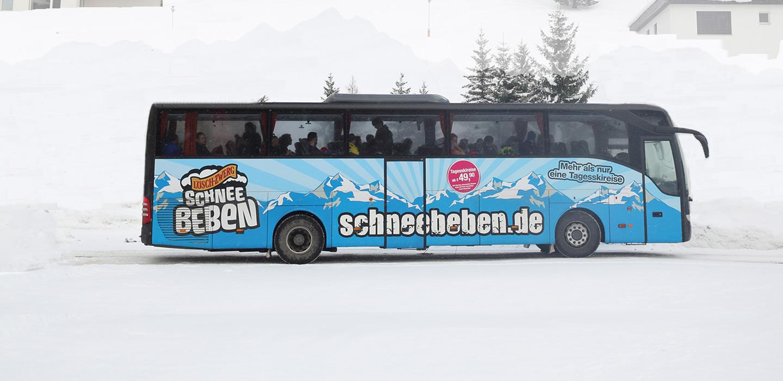 Reisbus Schneebeben