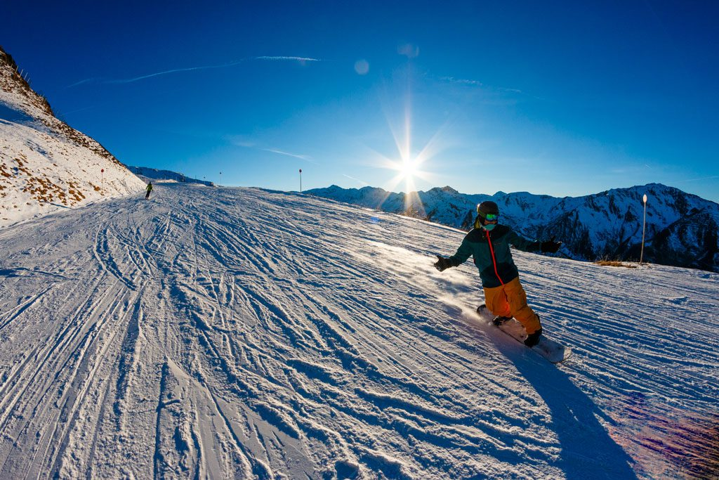 Kaiserwetter Snowboarden Schneebeben